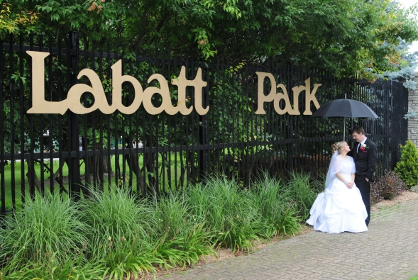London Ontario Wedding Photographers. Columbia Photos is wedding photography in London Ontario. Wedding Venues London Ontario.