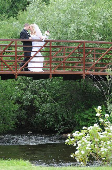 London Ontario Wedding And Event Photographers. Columbia Photos is wedding and event photography London Ontario. Wedding Venues, Locations and Receptions London Ontario.