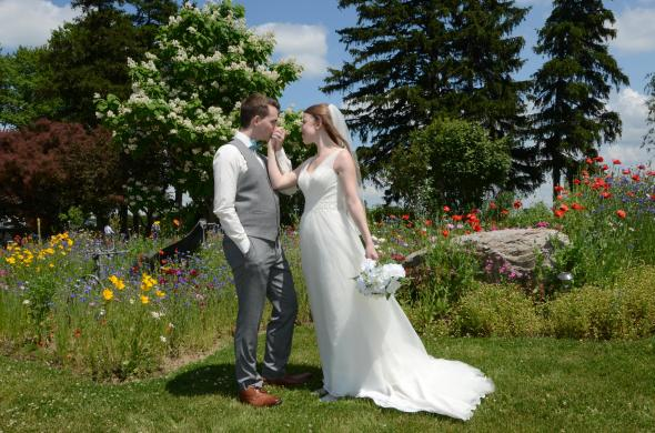 Beautiful Mitchell wedding of a bride and groom by Columbia Photos