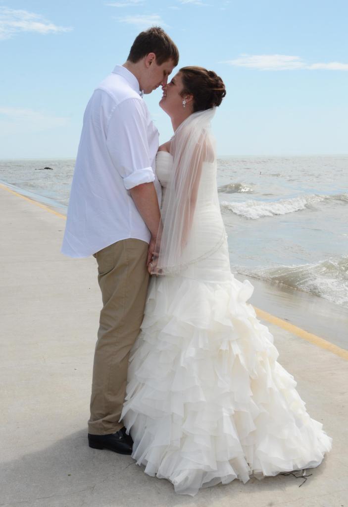 Wedding photographers London Ontario. Great country wedding photos by Columbia Photos.