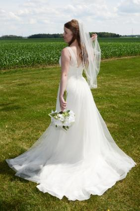 Bride at her beautiful Mitchell wedding by Columbia Photos