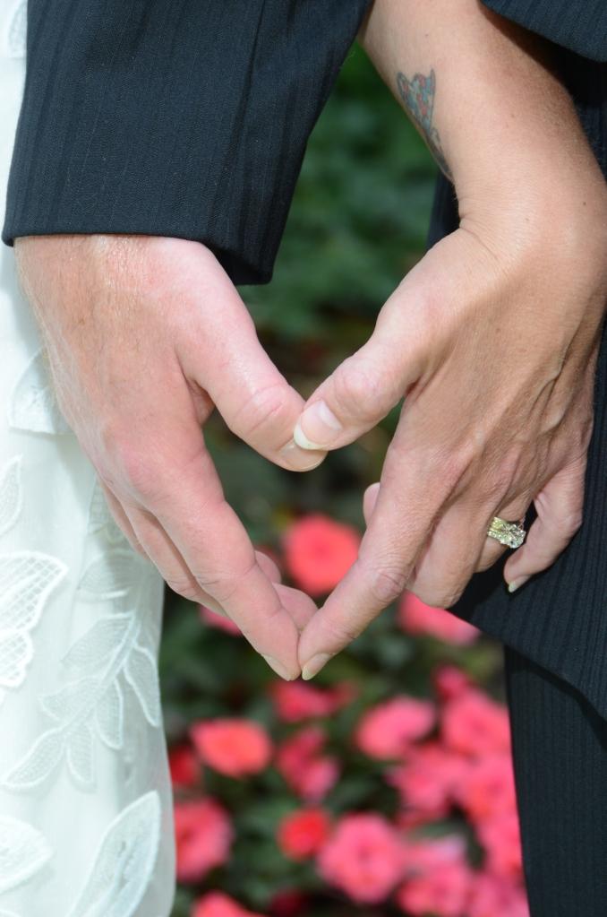 Beautiful wedding photography based in London Ontario.