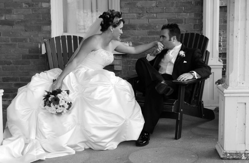 Wedding photographers London, Ontario. Columbia Photos is wedding photography based in London, Ontario.