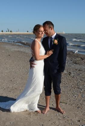 Port Stanley Beach Wedding by Columbia Photos